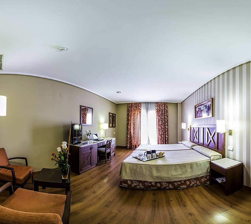 Quarto Triplo Hotel Alcora Business & Congress
